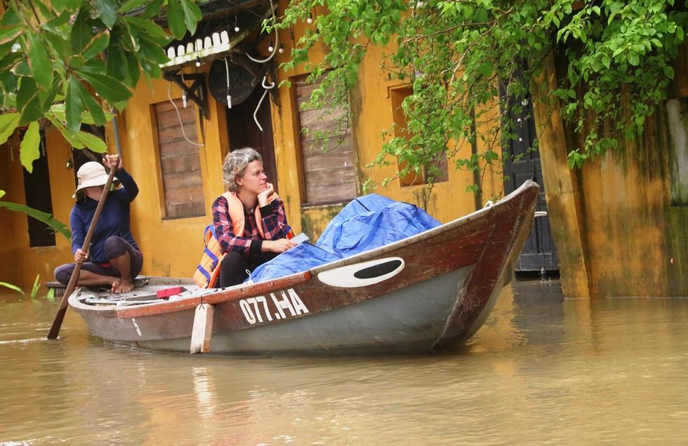 Alsahar Lụt hội An 9 lần lũ lụt trong 1 tháng!